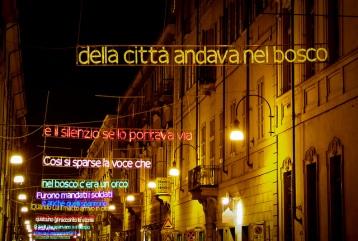 Torino-Luci-dArtista-Luigi-Mainolfi-Lui-a-LArte-di-Andare-nel-Bosco